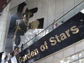 香港映画ファン必見!「アベニュー・オブ・スターズ」が移転して復活