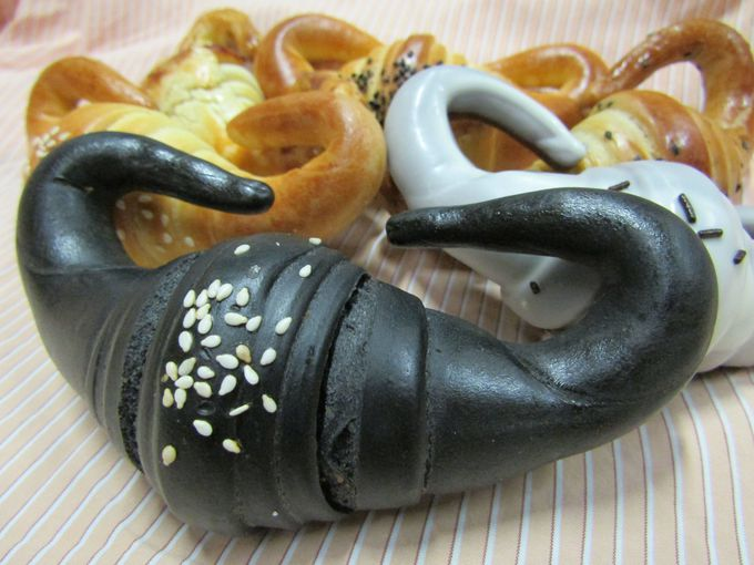 ホテル近くのお勧めベーカリー!牛角パンの「饌牛角尖」