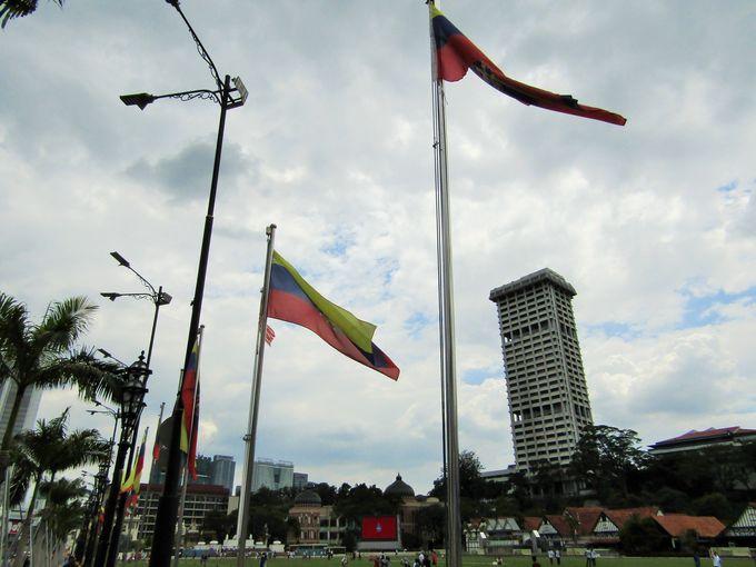 マレーシアが始まった場所と言っていい「ムルデカ・スクエア」