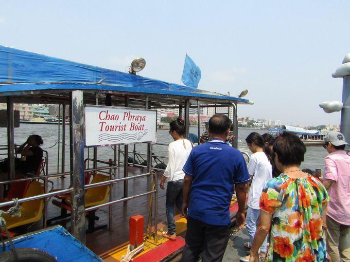 チャオプラヤ・ツーリストボートでバンコク観光&クルージングが楽しめる