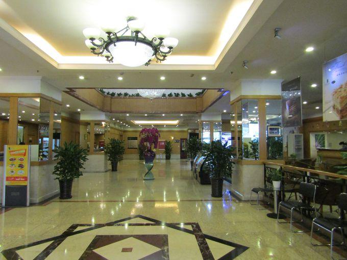 中国のホテルらしいメインエントランス&ロビー