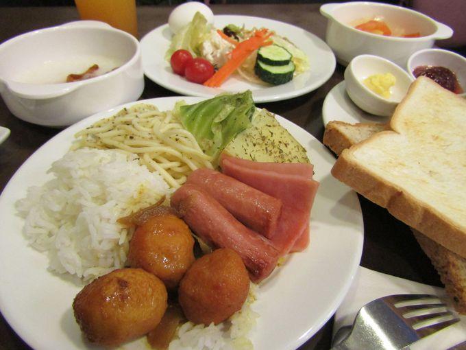 """""""目指せ5つ星!""""とにかく無料の朝食ビュッフェ"""