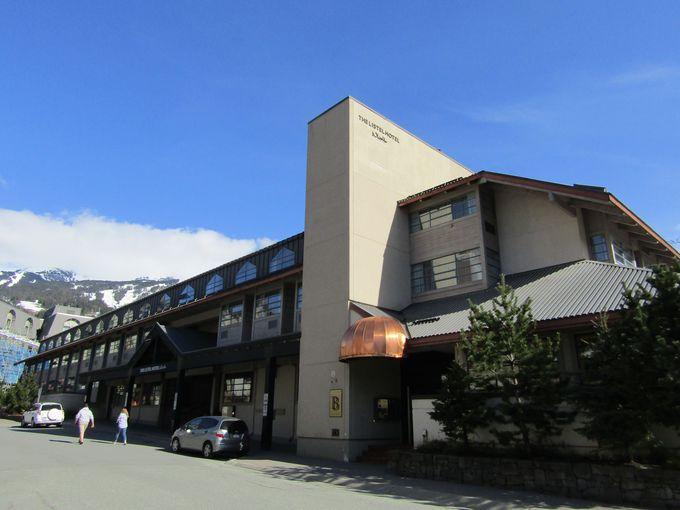 山小屋風リゾートホテル「ザ リステルホテル ウィスラー」