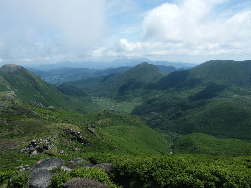 キャンプも登山も満喫!九州の大自然・阿蘇くじゅう国立公園
