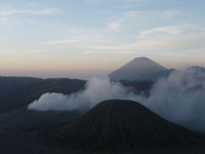 全景を見るのに最適、プナンジャカン山へ