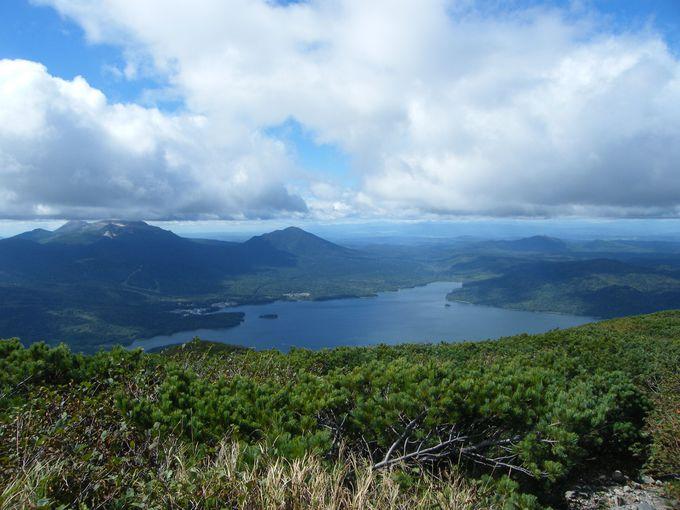 阿寒湖周辺の湖を眺めるなら雄阿寒岳