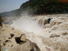 中国の世界遺産都市「平遥古城」から訪れる「壺口瀑布」は大迫力!