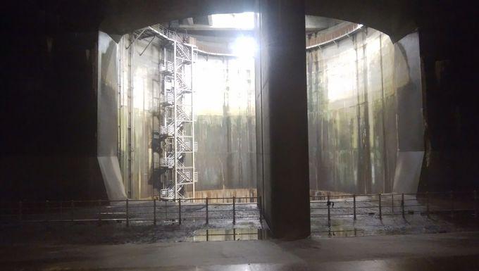 調圧水槽(地下神殿)へ