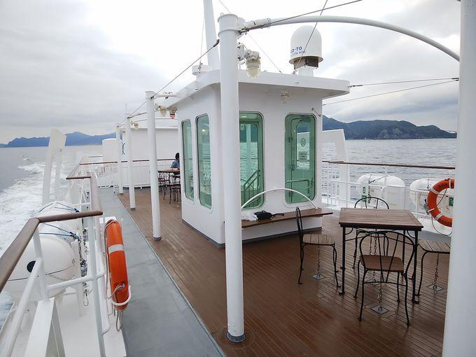 意外とアクセスが良く、快適な船の旅