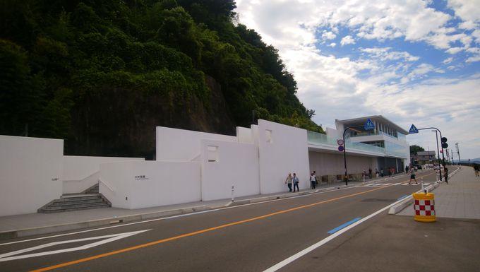 珍しい細長い道の駅