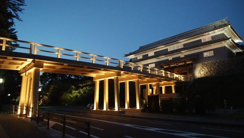 金沢城公園の新しいゲートウェイ「鼠多門」と周辺散策
