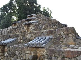 誰が何のために?謎だらけの奈良のピラミッド「頭塔」