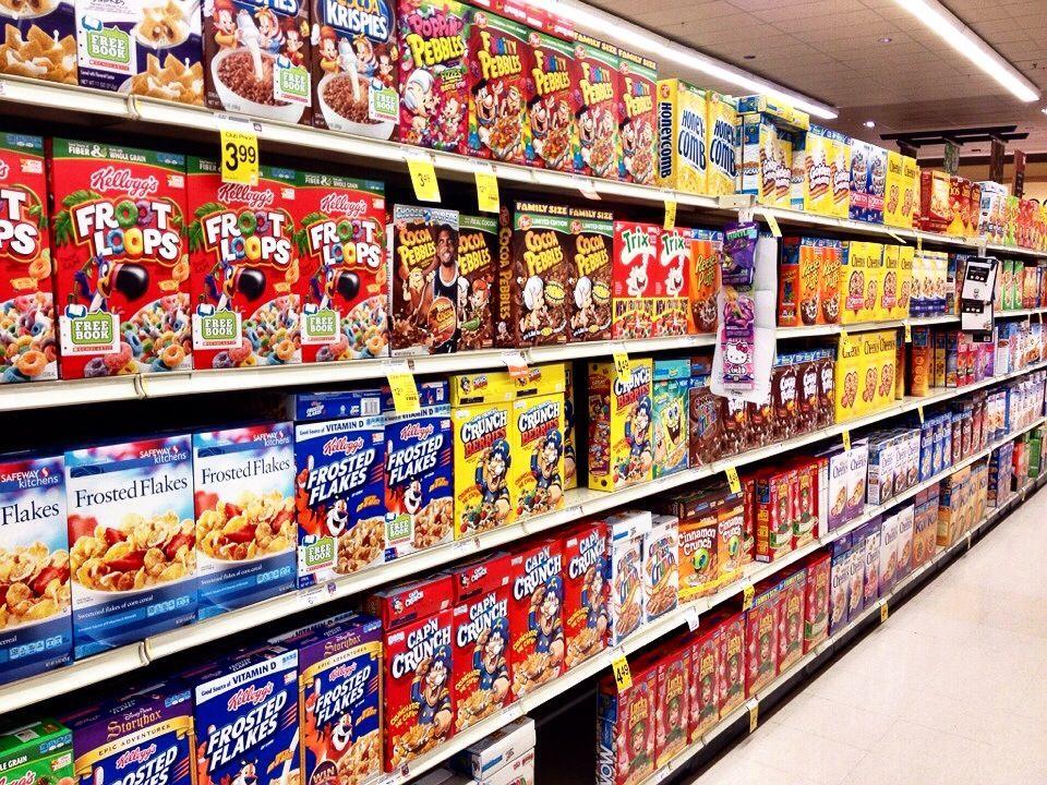 地元のスーパーマーケットでローカルライフ体験