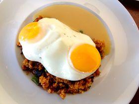 ハワイ・アラモアナ地区で食べる!人気の多国籍ランチ4選