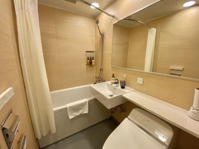 露天風呂付大浴場と各部屋のバスルームで贅沢バスタイム