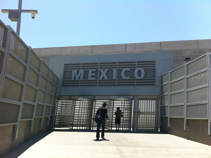 メキシコへの国境