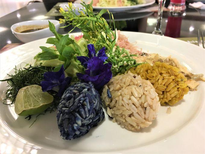 名物!タイ南部の郷土料理「カオヤム」