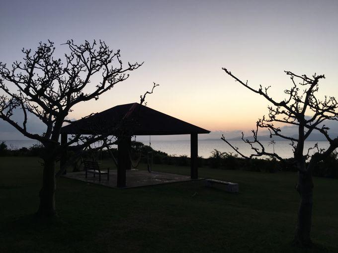 西表島を望む露天大浴場に島唄ライブも