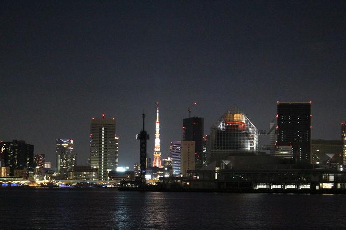 八幡丸と、運河の向こうに東京タワー