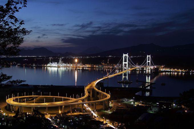 室蘭観光も忘れずに!室蘭港の工場夜景と断崖絶壁の景勝地巡り
