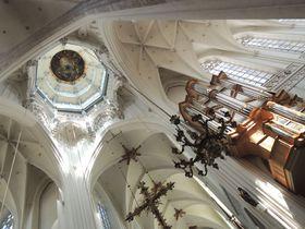 『フランダースの犬』の舞台「アントワープ聖母大聖堂」へ!!これがネロの見たかったルーベンスの絵!!