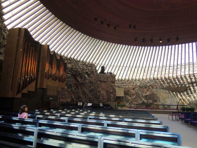 3.テンペリアウキオ教会