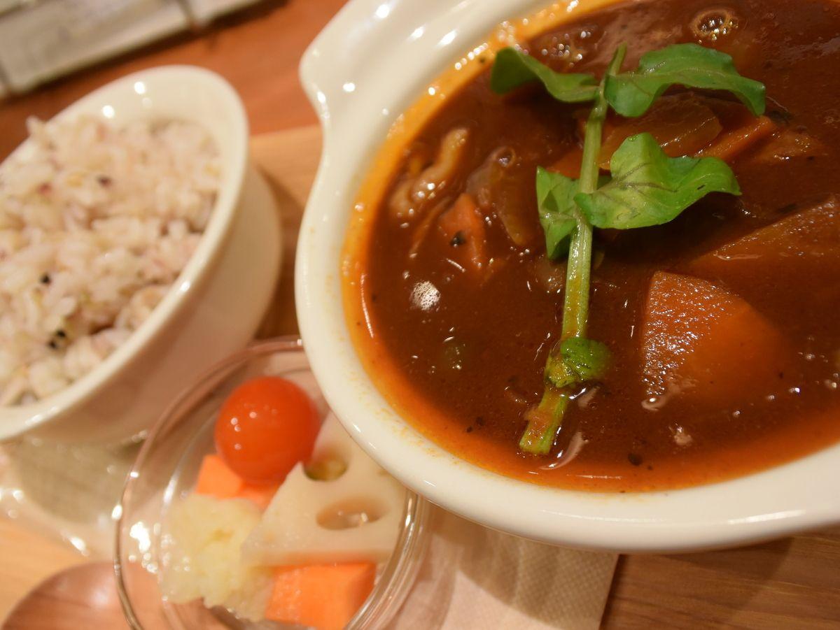「北海道スープスタンド」で気軽に北海道の食材を愉しむ!