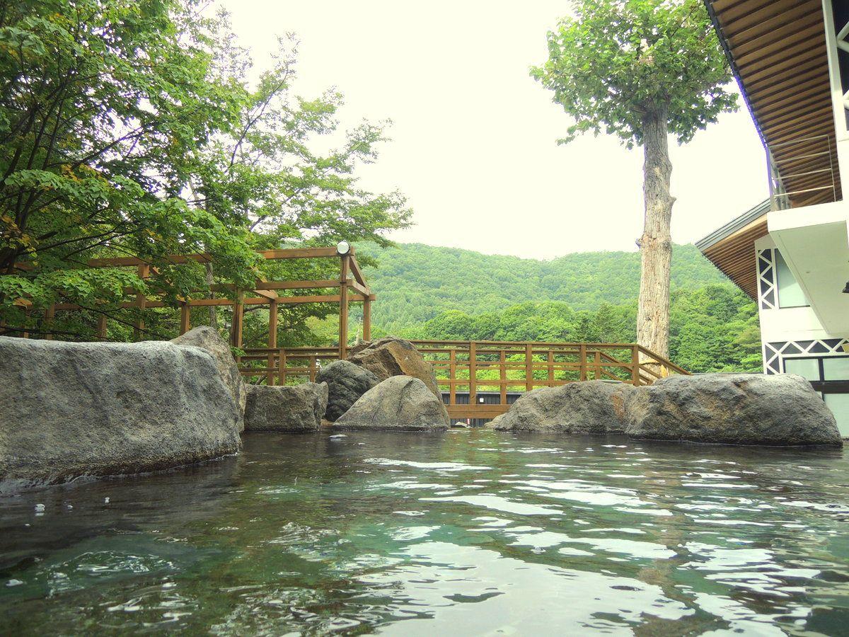名水亭時代からの人気の露天!これぞ北海道サイズの露天風呂!