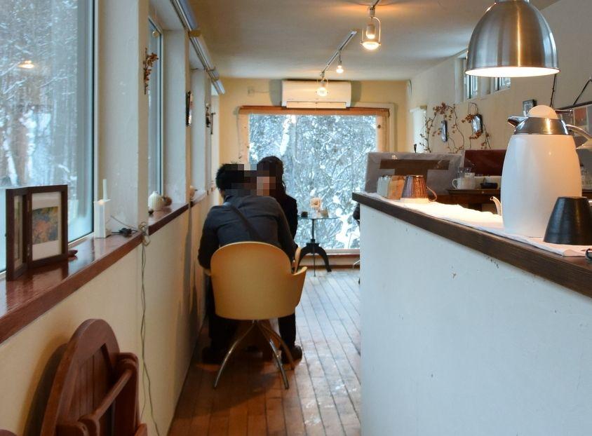 絶景カフェの特等席は一番奥!