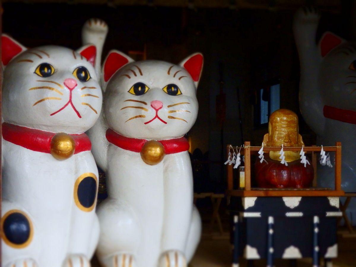 縁結びのパワスポ「今戸神社」で招き猫に良縁祈願!