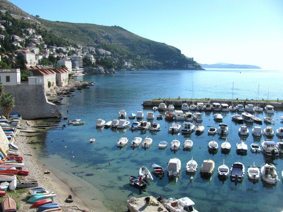 アドリア海の真珠!クロアチア・ドブロブニクとは?