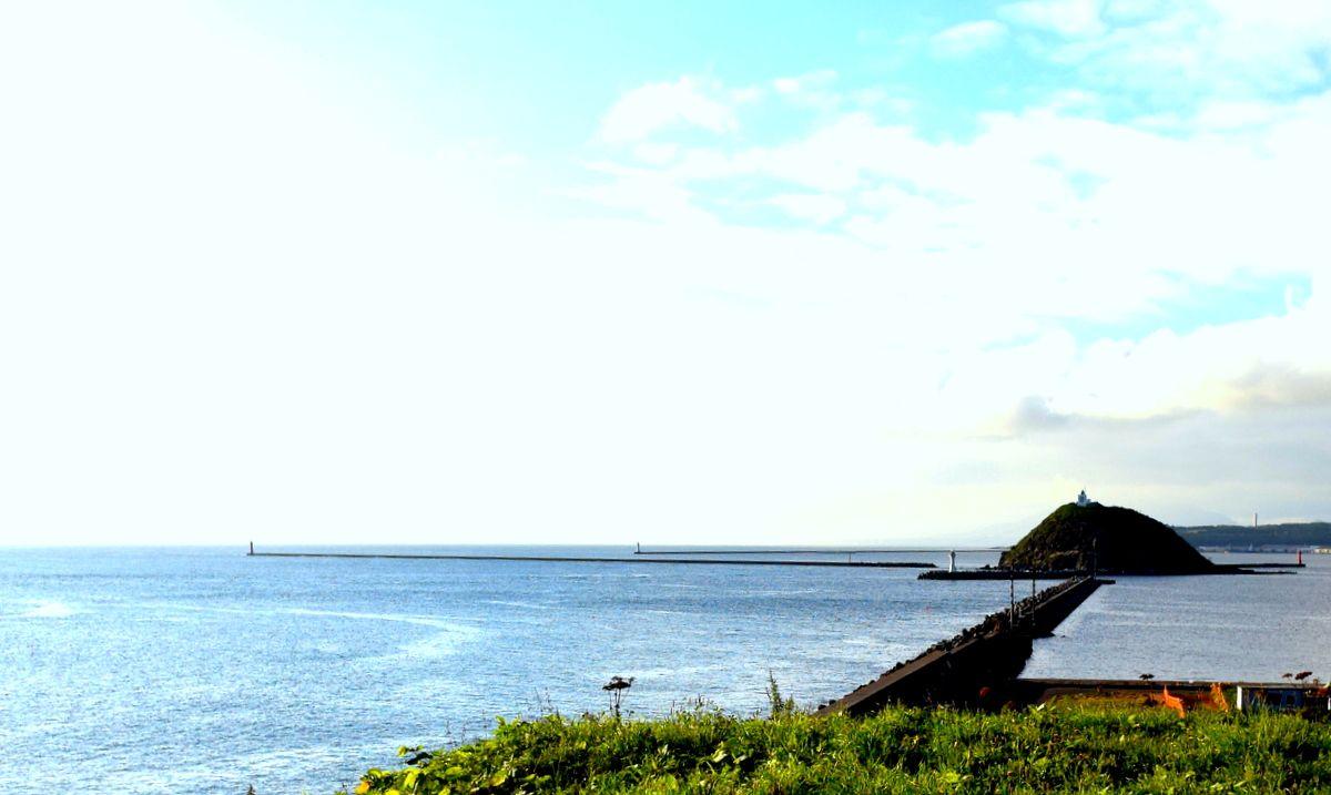室蘭八景の2つ「絵鞆岬」「大黒島」をチェック!絶景に建つカフェもおすすめ