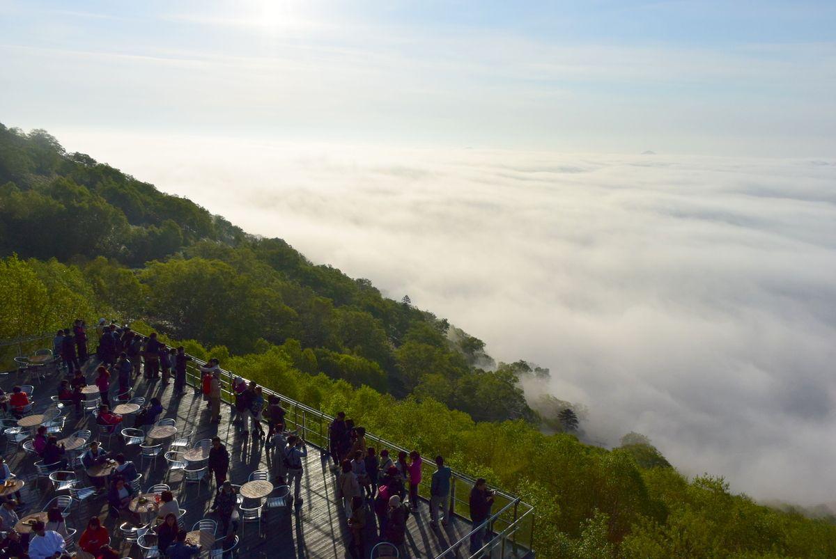 2日目:大自然とむきあえる「雲海テラス」と「水の教会」を満喫