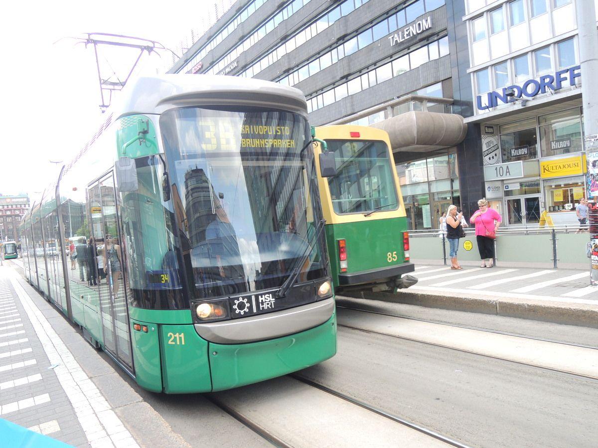 ヘルシンキ観光をするならトラムの利用が便利!