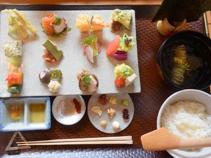 SNSで話題!京都町家で美和食・アウーム2号店は行列不要が嬉しい