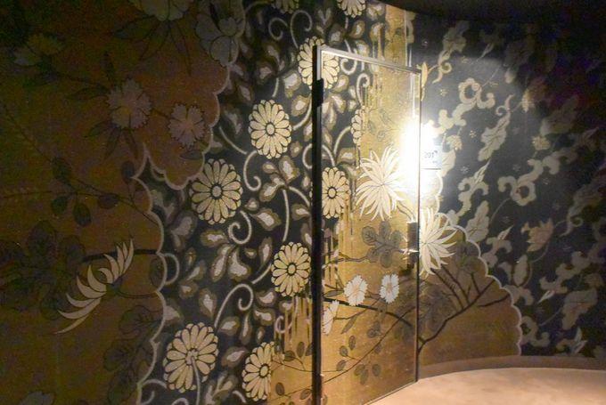 西陣織の壁と入口!2つのエグゼクティブスイートルームも魅力的