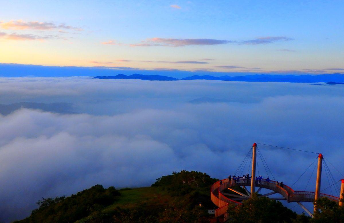 「雲海テラス」のデッキを散策しよう