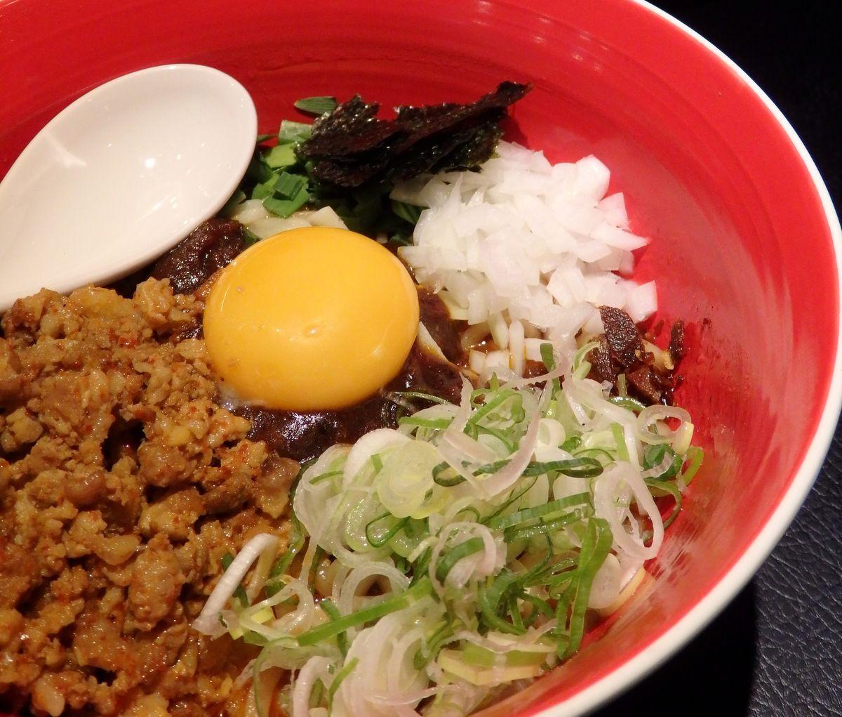 札幌進化系麺の代表「MEN-EIJI HIRAGISHI BASE」