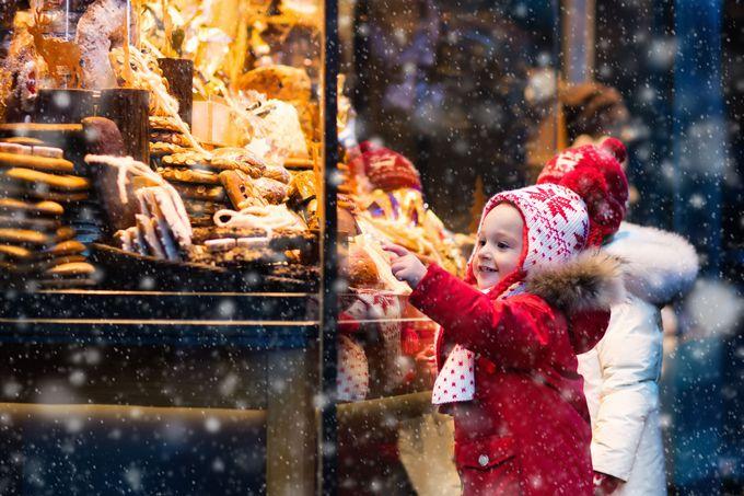 クリスマスシーズンは絵本をめくるように街歩きを楽しみたい