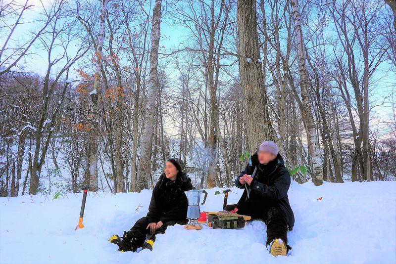 雪原ティータイムも!ニセコ・スキーシューハイキングが楽しい