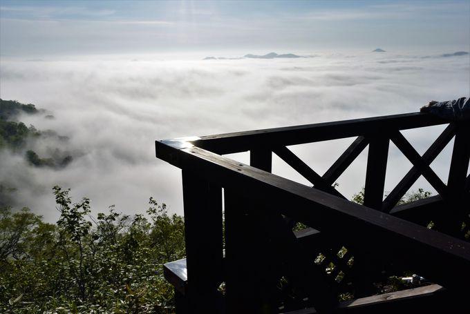 「雲海テラス」を独り占めできる「雲海露天風呂」の魅力