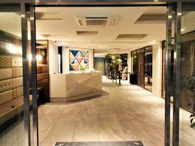 「ホテル エムズ・エスト四条烏丸」は京都一人旅・カップルに嬉しい立地抜群デザイナーズホテル