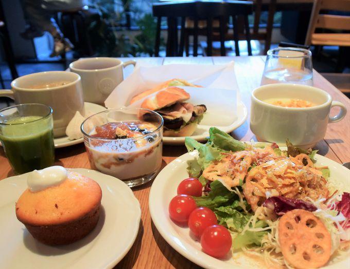 旅先のお楽しみは朝から始まる…!絶対食べたい朝食とは?