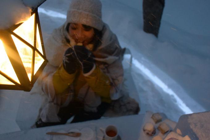 カラフルな「アイスプティフール」は氷のティースタンドに!