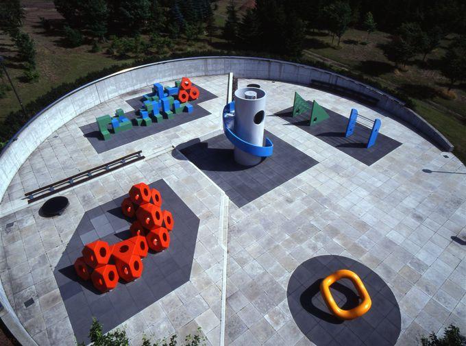 遊具や噴水ショーもピラミッド!「モエレ沼公園」のアートが凄い