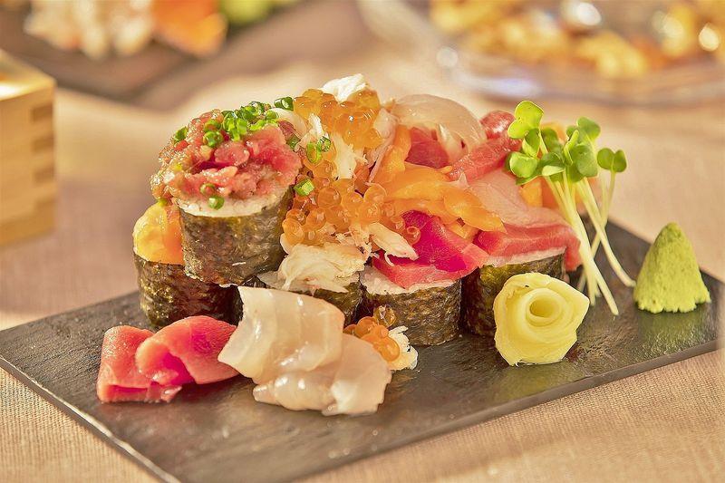 「海鮮こぼれフェス」ではどんな「こぼれ寿司」があるの?