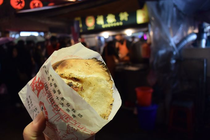 2日め(夜):夜市はハシゴも可!台湾グルメを満喫しよう