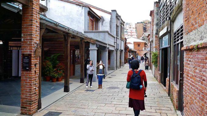2日め(午前):朝市・パワスポ巡り・台湾式シャンプーで台北観光
