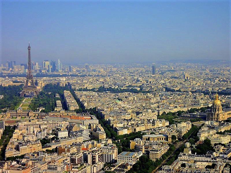 モンパルナスタワーの展望台とレストラン(Le ciel de Paris)