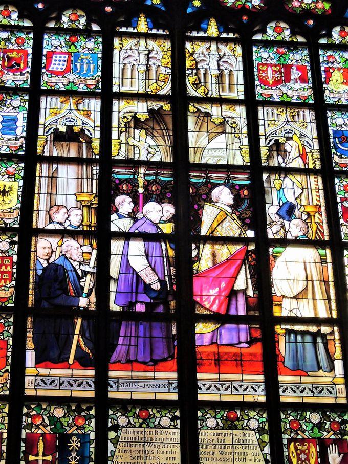 ルーベンスだけじゃない!大聖堂は宝石のような美術品や名画の宝庫